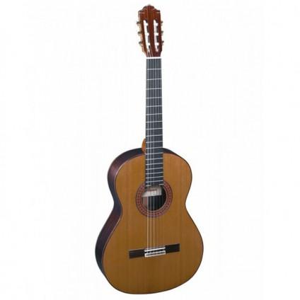 قیمت خرید فروش گیتار کلاسیک  Almansa 435