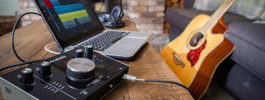M-audio-2x2m